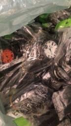 Título do anúncio: Relógios Oakley (lote 145 peças )