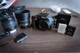 Nikon D5600 + Lentes e Baterias