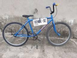 Vendo bike adulto rodando normalmente