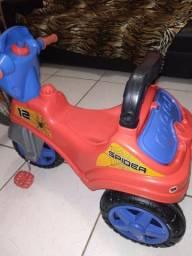 Título do anúncio: Motinha triciclo para criança
