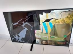 Duas TVs 60' e 32' Samsung telas quebradas