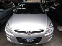 Hyundai-i30 manual Raridade muito novo Financiamos Sem Comprovação de Renda - 2011
