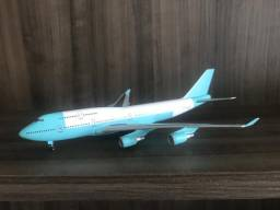 Miniatura Boeing 747-400