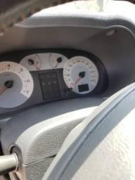 Renault Clio versão top de linha, todo completo - 2006