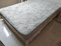 Doa-se cama box casal