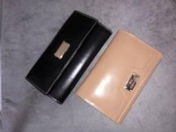 Vendo bolsas, carteiras e sandálias de couro puro