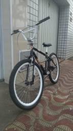 Bicicleta aro 24. nova