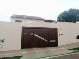 Excelente Casa com 6 Quartos a Venda no Bairro Ana Maria do Couto - R$380mil