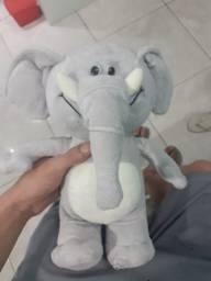 Ursinho de elefante lindo