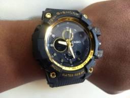Relógio Estilo G-SHOCK Dourado