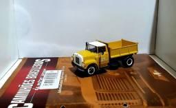 Revista Altaya c/ Miniatura caminhão International Harvester Nv-184