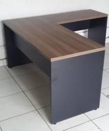 Título do anúncio: mesa L 120x150 pé painel