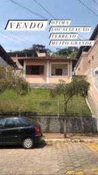 Título do anúncio: Linda casa em Lima Duarte no centro, patrimônio.