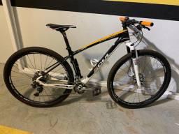 Bike de carbono aro 29
