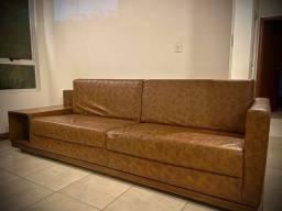 Título do anúncio: Lindo sofá em courino com apoio porta discos
