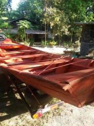 Título do anúncio: canoa de Madeira em Piquia nova + CARRETINHA