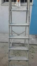 Título do anúncio: Vendo escada 6 degraus alumiminio