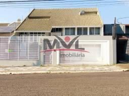 Título do anúncio: Sobrado com 4 dormitórios para locação,508.00 m², Centro, CASCAVEL - PR