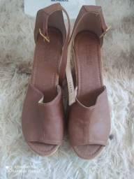 Vendo sandália anabella Tam 39 semi nova