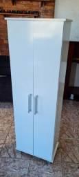 Armario multiuso com portas semi novo - ENTREGO