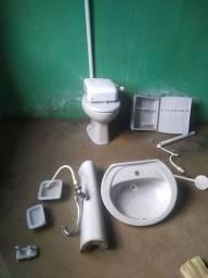 Título do anúncio: Kit para  banheiro usado
