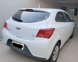 Onix Hatch LT 1.0 2018/2019 - Extra!!