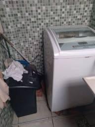 Título do anúncio: Máquina de lavar com defeito