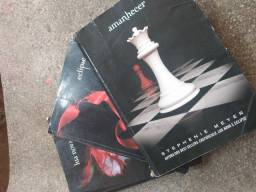 Título do anúncio: Livros da Saga crepúsculo (usados)