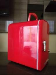 Mini geladeira retrô TV 007 4 litros (12V)