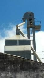 Secador de grãos 15 ton. Elevador de 18m . Exaustor de 20cv