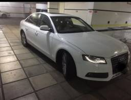 Vendo Audi A4 branco top de linha - 2012