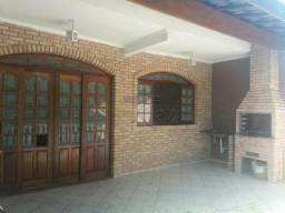 Casa à venda com 3 dormitórios cod:V30677LA