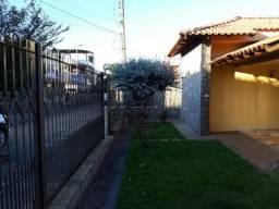 Casa à venda com 3 dormitórios em Centro, Jaboticabal cod:V4042