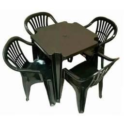 8 jogo de mesa e cadeiras preta novas 189,00 cada
