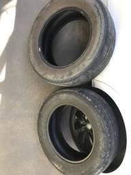 Vendo 2 pneus 215/65R16