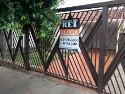 Alugo casa vila Rocha