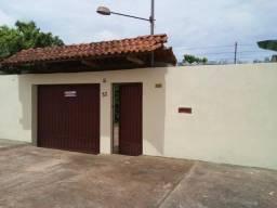 Casa com quintal Bairro Jd. Eldorado
