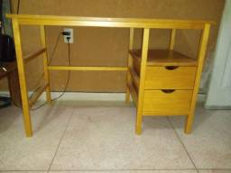 Mesa para computador (semi-nova, da Tokstok)