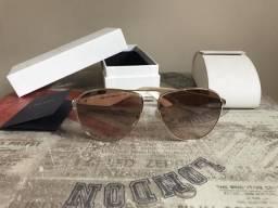 Óculos de sol Prada aviador feminino