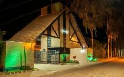 Vendo excelente casa em Chapada dos Guimarães, Condomínio Village I, motivo mudança