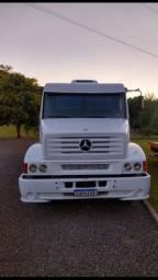 MB 1620 truck graneleiro