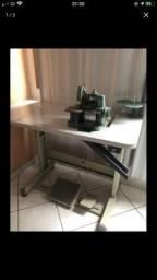 Maquina de costura overlock 600$
