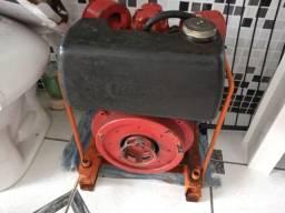 Motor estacionário de 13 HP  Disel
