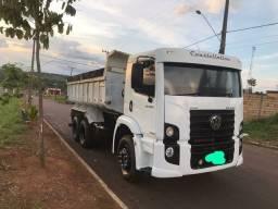 Vendo caminhão Caçamba 24250 a vista ou Parcelado