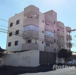 Título do anúncio: Apartamento à venda, 3 quartos, 1 suíte, 2 vagas, Brasil - Uberlândia/MG