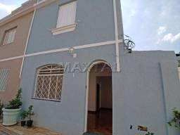 Título do anúncio: Sobrado em vila 2 dormitórios com portão - Santa Terezinha