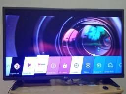 "Título do anúncio: TV LG Smart  4 K.  32"""