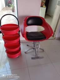 Cadeira e carrinho salão