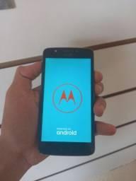 Título do anúncio: Moto E4 normal 16 GB