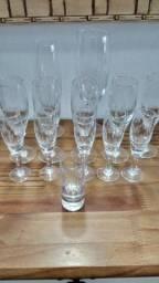 Título do anúncio: Diversas taças em cristal usadas vintage